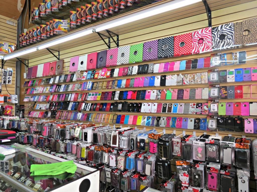 Выбираем аксессуары для мобильного телефона
