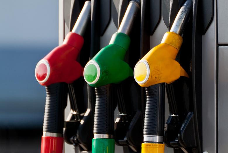 «НефтеГазЛогистика» — реализуем дизтопливо с доставкой.