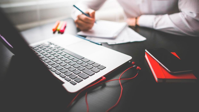 Эффективное продвижение сайтов поможет вам всегда быть впереди конкурентов